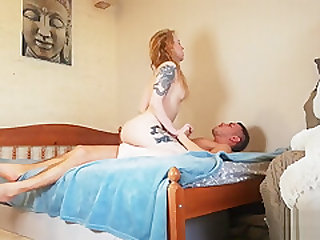 Juicy blonde was lucky to be fucked in pussy and mouth at home by pornstar